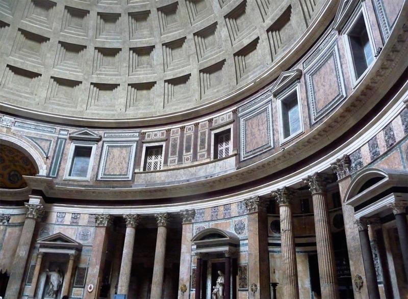 Interior del Panteon de Agripa en Roma