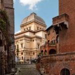 Recorriendo el barrio judío de Roma